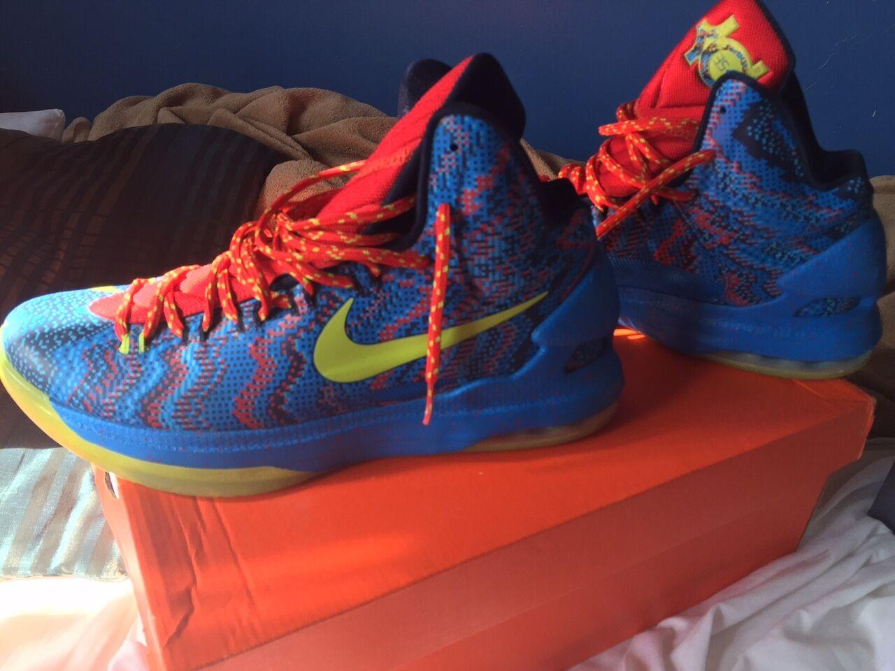 Nike KD KD KD V 'Christmas Day' Size 10 5c76f1