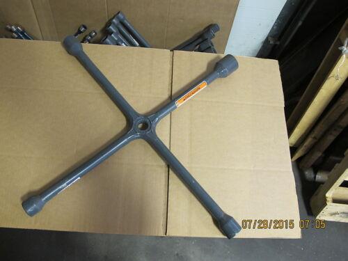 Heavy Duty NEW 4 Way Truck Tire Wrench Ken Tool T95 35695