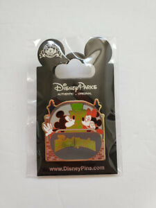 NEW-Disney-Pin-Attractions-Mickey-amp-Minnie-Mouse-Kiss-Haunted-Mansion-Doom-Buggy