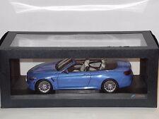 BMW M4 (F83) CONVERTIBLE YAS MARINA BLUE PARAGON MODEL 1/18 80432339612