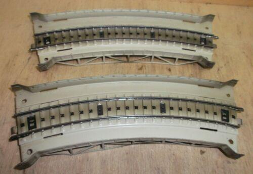 Märklin H0 7167 M-Gleis 2 gebogene Rampenstücke Metall