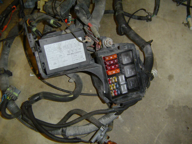 1999 FIREBIRD 3.8 V6 ENGINE MASTER FUSE PANEL WIRING HARNESS