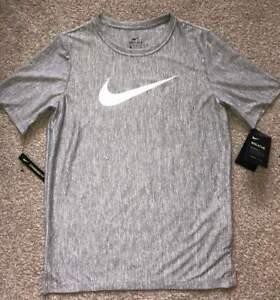 NWT Nike Boys YXL Dri-Fit Heathered Gray T-Shirt Sports Athletic Wear
