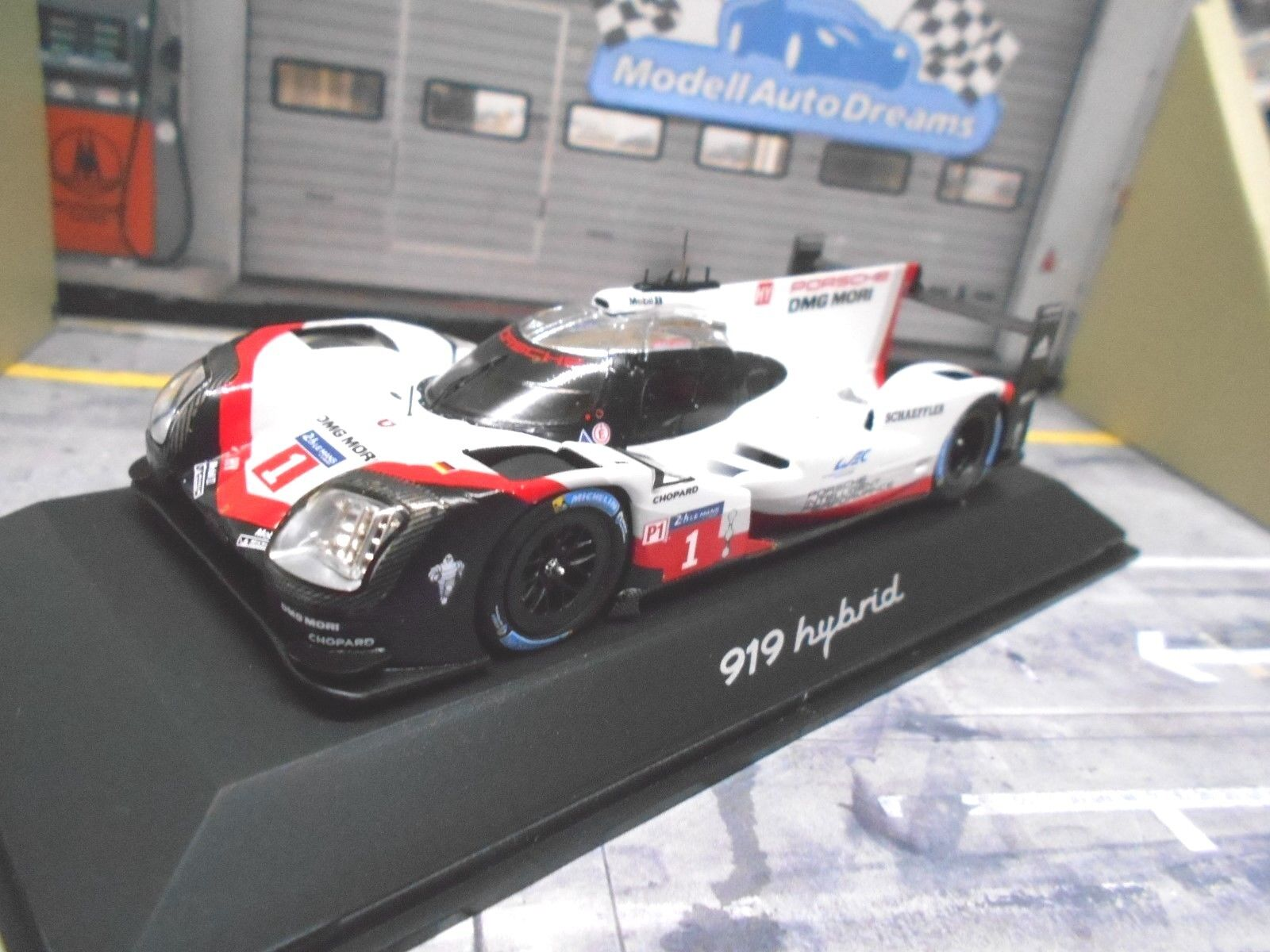 Porsche 919 Hybrid HY LE MANS 2017  1 Test PRESENTATION Lotterer les babioles Spark 1 43