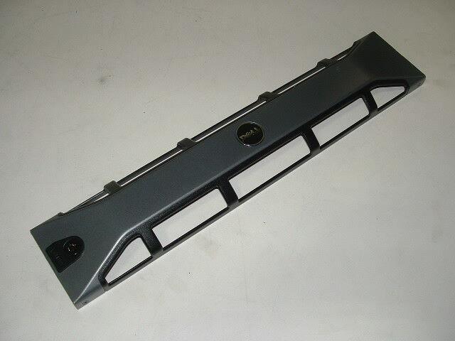 Dell Poweredge R710//810//815 Front Bezel /_/_/_ HP725 No Key