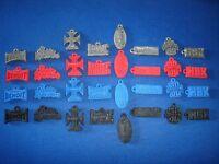 Wwf Wrestling All 32 Emblems Pendants Variations Set - Figures Collectibles