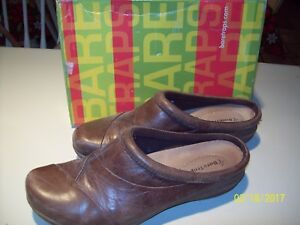 Bare-Traps-Brown-Slip-on-Shoes-Size-11-US-VERY-NICE