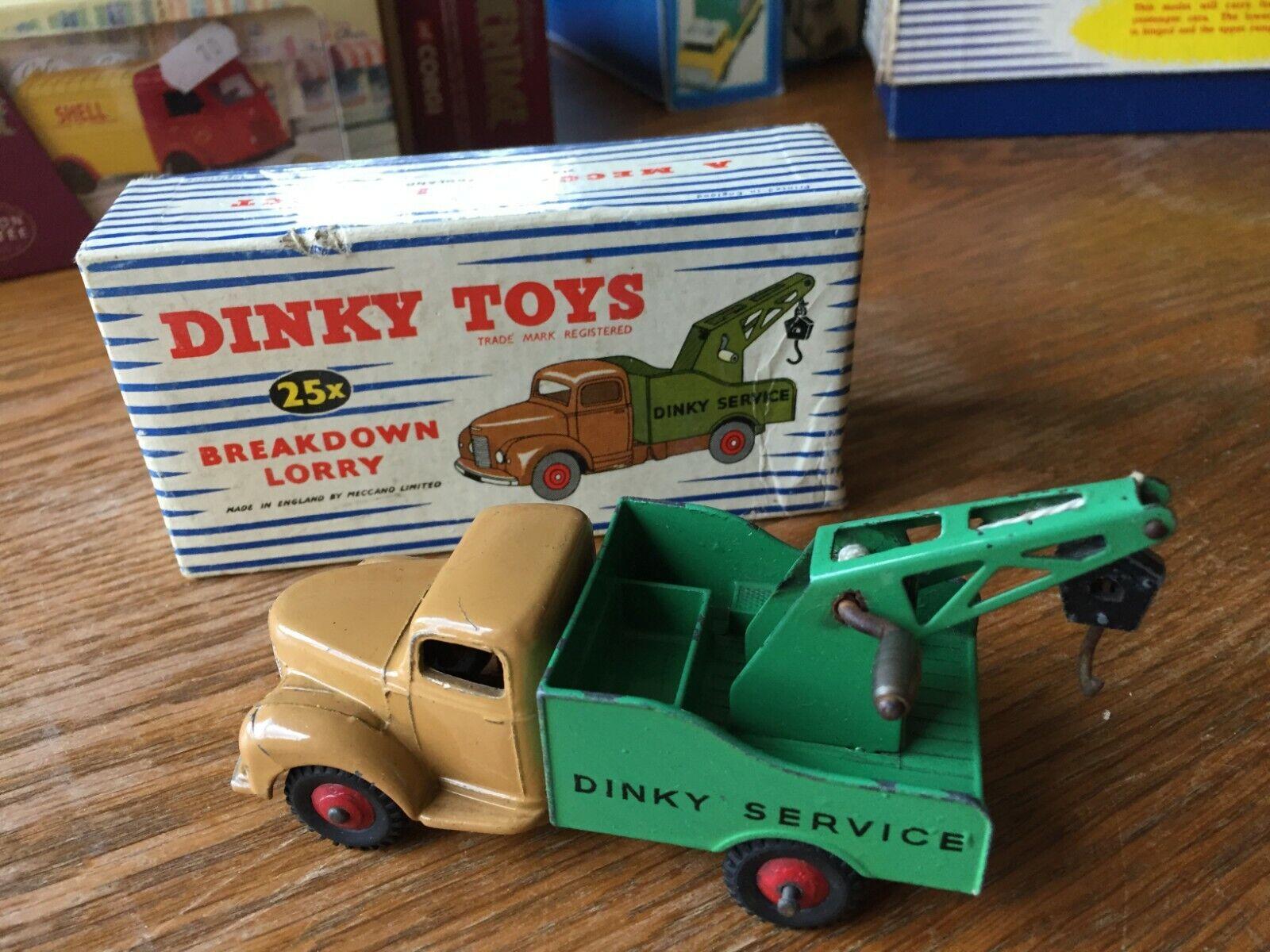 DINKY TOYS 25x CAMION DE DEPANNAGE -EN BOÎTE