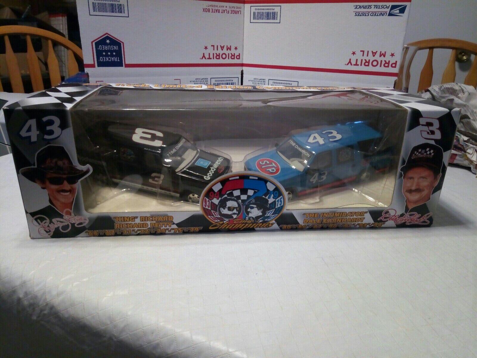 ventas en linea Dale Earnhardt & & & Richard Petty NasCoche 2 Juego de camión en Diecast Escala 125 Nuevo En Caja  precio mas barato