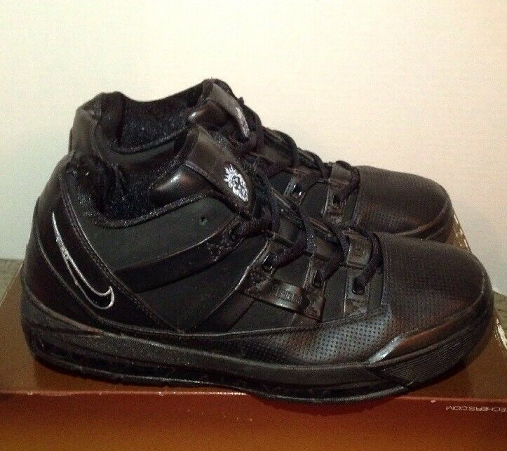 Nike Air Zoom Lebron III 3 Vintage 2006 Size 7 Youth Fits Uomo Size 7 Nero