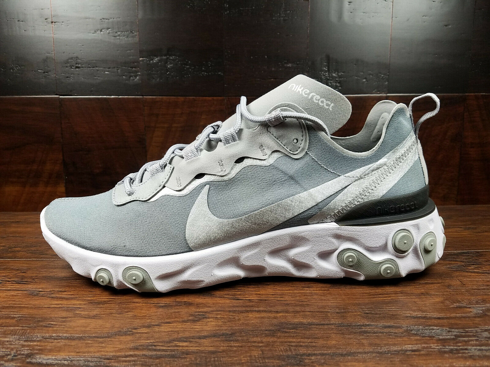 Nike React Element 55 (Metallic Silver