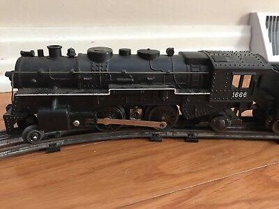 Vintage Marx O Train Set Engine 1666 Cars Caboose And Track