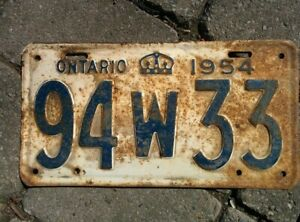Vintage 1954 Ontario ON Canada Vehicle License Plate White Blue ~ POOR 94w33