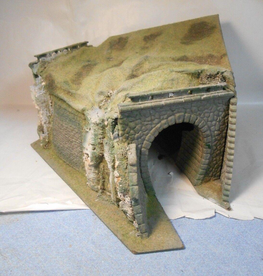 Vintage Kibri HO Corner Tunnel Wood Base