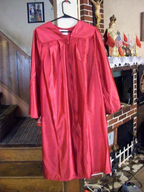 OAK HALL Bachelor - SHINY RED GRADUATION GOWN Robe 5\'0\