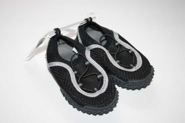 784b685cc6 Boys Old Navy Black & Gray Water Shoes Size 6 Toddler for sale ...