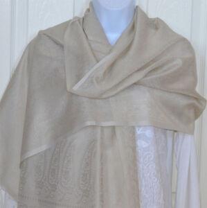 Banaras-Silk-Off-White-Woven-Floral-Paisley-Design-Shawl-Wrap-Stole