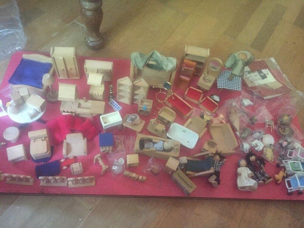 Wooden Dolls House Furniture..Large amount. amount. amount. 4b2cae
