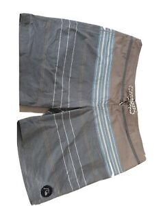 QUIKSILVER-Mens-Board-Shorts-Sz-38-Grey-Check-Swimmers-Swim-Boardies-Boardshorts