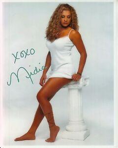 NIDIA-GUENARD-hand-signed-HOT-LEGS-BAREFOOT-8x10-CLOSEUP-PORTRAIT-w-uacc-rd-COA
