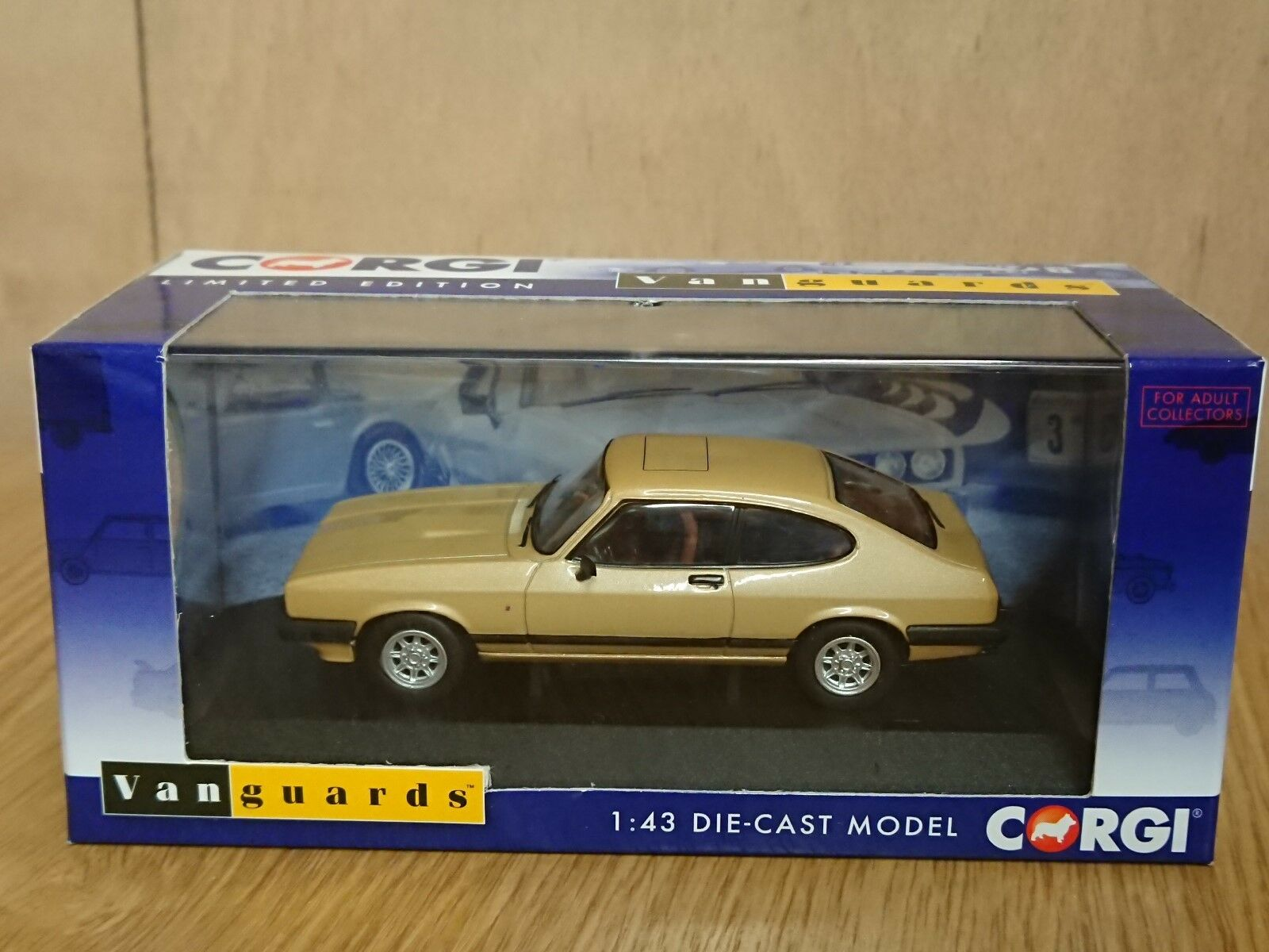 minorista de fitness Corgi VA10814B Ford Capri Mk3 3.0 3.0 3.0 Ghia oro LHD Alemania Ltd Edition 600 de 600  directo de fábrica