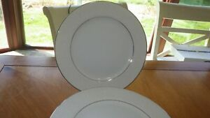 "Lovelace Dinner plates by Crown Victoria 6 10 3/8"" Plates Wedding China EUC"