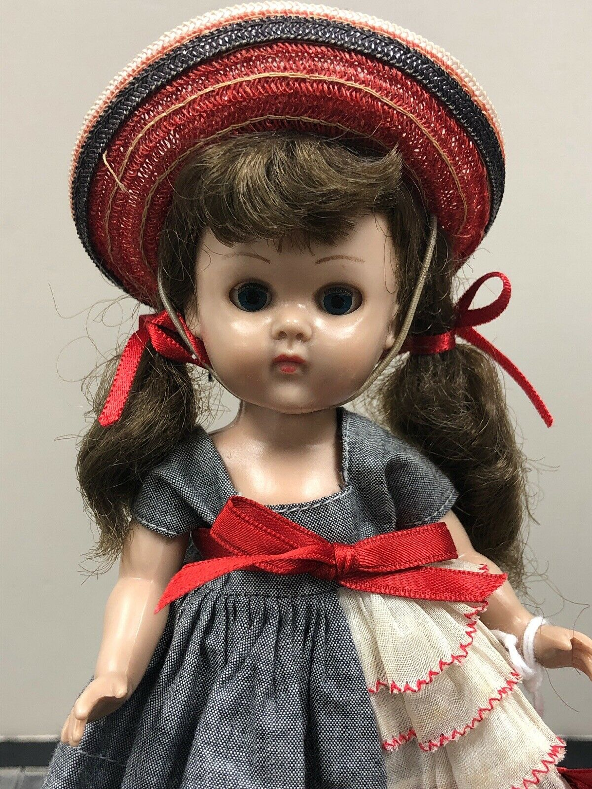 """7"""" Vintage Vogue Ginny Doll Bent Knee Walker Brunette Adorable All Original  S"""