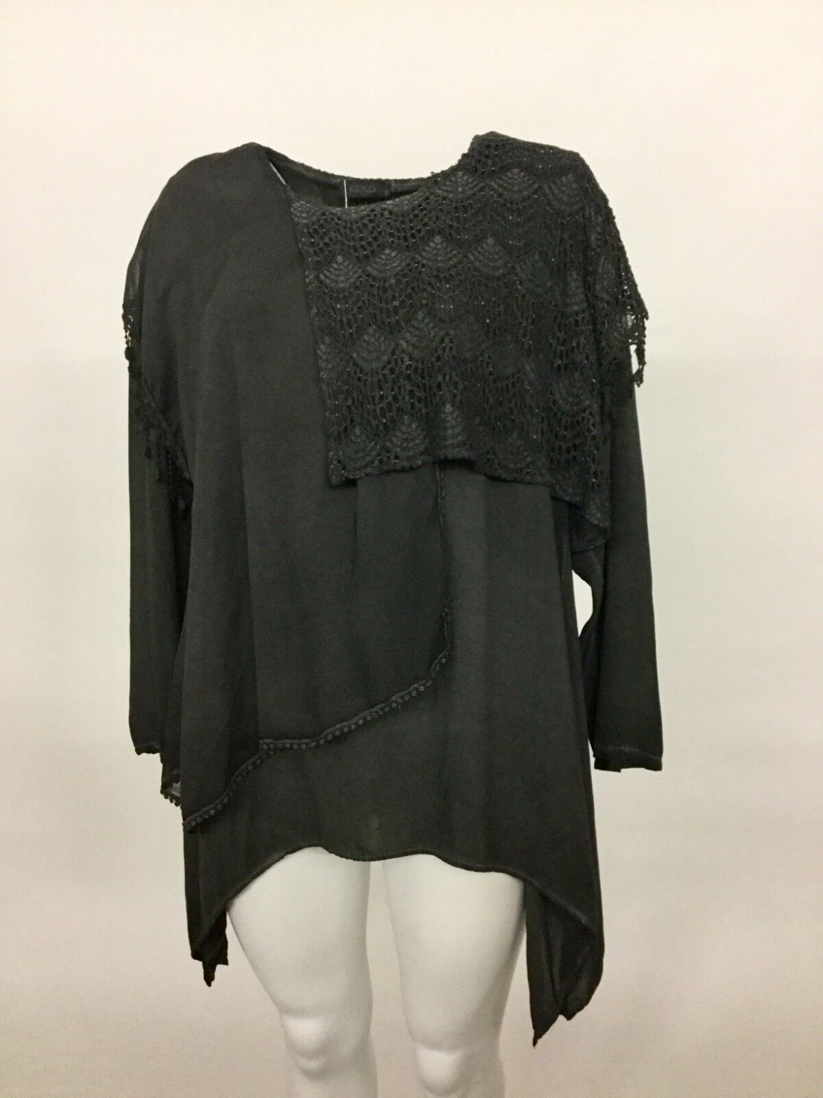 NEW KEKOO damen CROCHET ASYM LONG SLEEVE LAYErot SHEErot BLOUSE CHARCOAL SZ 3