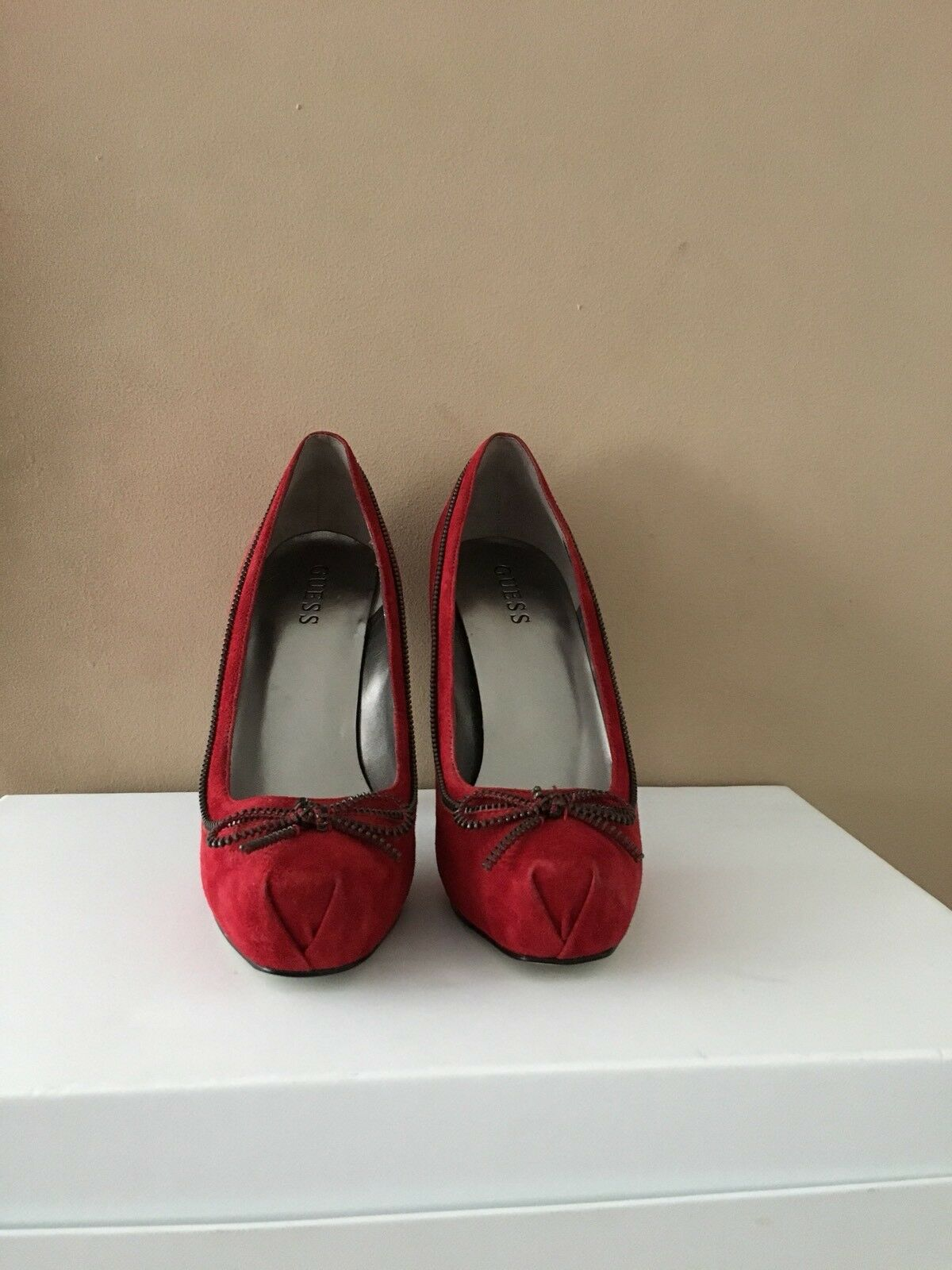 Guess Ladies Red Suede shoes Size US8.5 UK6.5 BNWOB