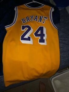 Details about kobe bryant jersey 24 size M