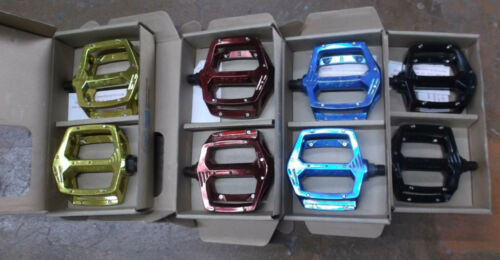 Haro Fusion DX style Pedals blue black red gold 9//16