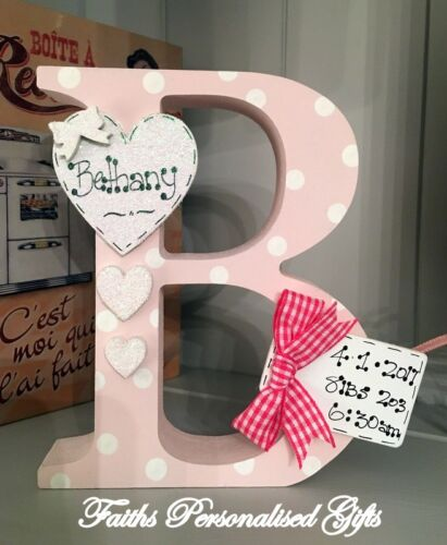 PERSONALISED WOODEN LETTER//INITIAL FREESTANDING BABY GIRL//BOY*