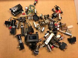 Lot De 55 Vintage Interrupteurs Pour Tube Ampères Ou Stéréo Plus New Old Stock-afficher Le Titre D'origine