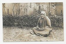 CPA carte photo femme arabe tirant les cartes voyante cartomancienne
