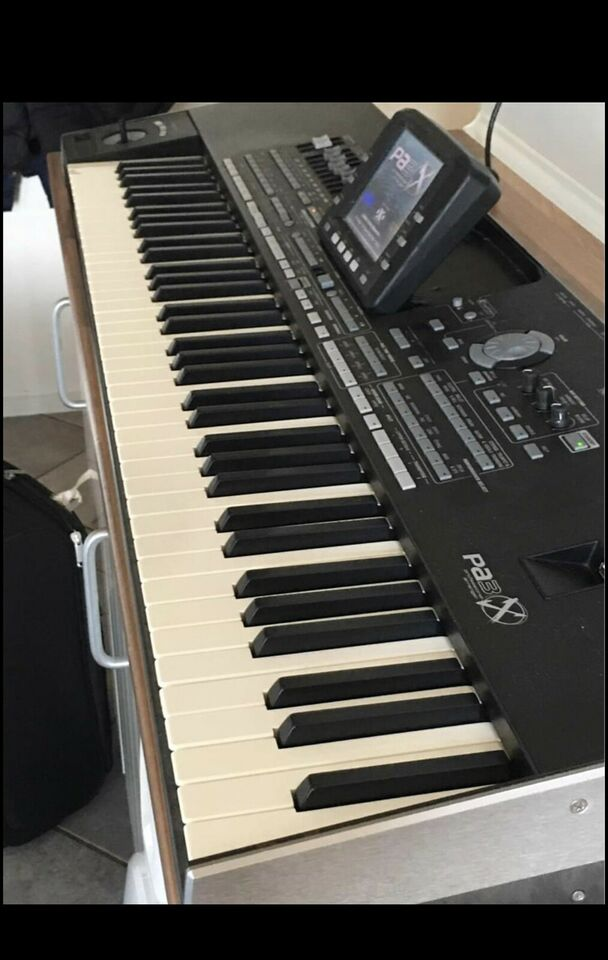 Keyboard, Korg Pa3x