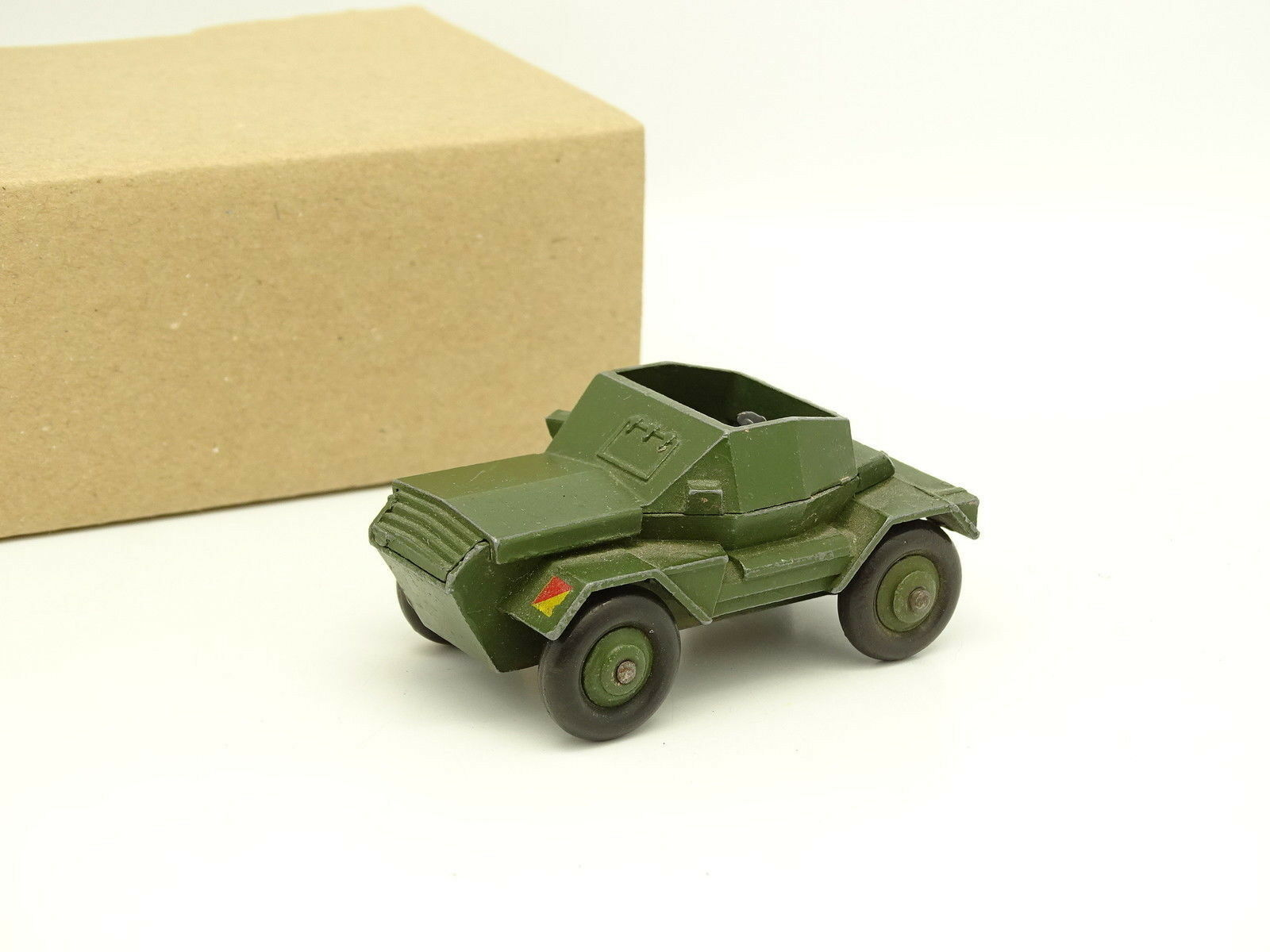 Dinky Toys GB Militar SB 1 43 43 43 - Scout Car 673 9151d9