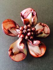 VINTAGE BROOCH PIN PEARLISED OPALESSENCE SHELL RED CLARET FLORAL