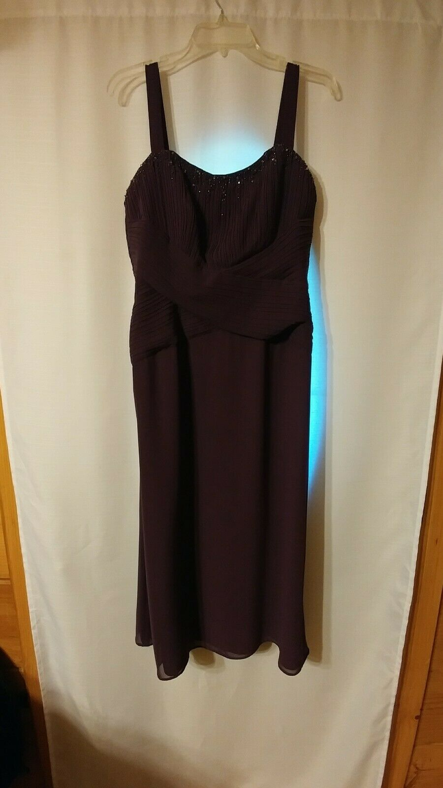 Jade by Jasmine 12 lila Eggplant Formal dress Embellished Evening Gown MOB