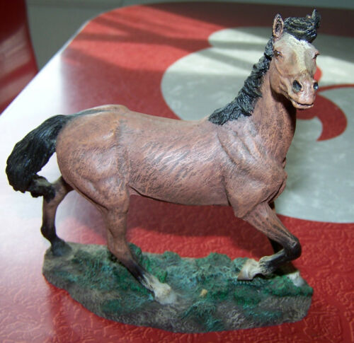 HORSE FIGURINE Resin? Brown w Black Mane & Tail EUC!