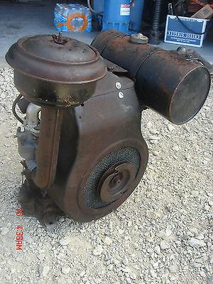 Vintage Briggs & Stratton Stationary Engine  Model BP Lot # 3
