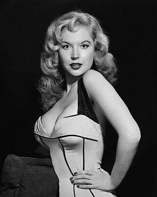 Betty Brosmer 8x10 Classic Hollywood Photo. 8 x 10 B&W Picture #9