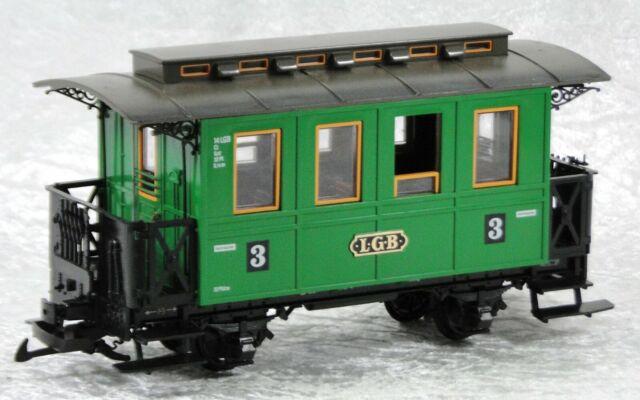LGB 3010 Personenwagen grün, beleuchtet