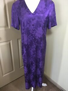 Vintage-90-s-Long-Purple-Damask-Dress-W-fabric-Covered-Buttons-Fitted-Size-18