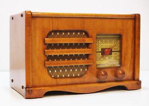 Old-Antique-Wood-Philco-Vintage-Tube-Radio-Restored-amp-Working-Table-Top