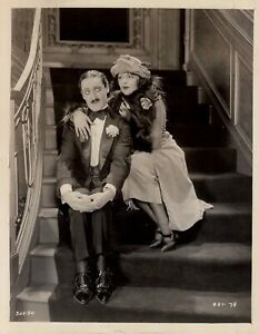 Cinema-muet-Orry-Kelly-amp-Bebe-Daniels-in-Paramount-Pictures-1920
