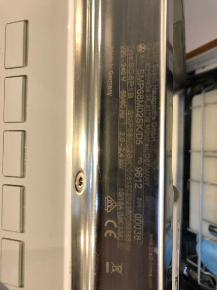 Bosch SMP68M02SK, fritstående