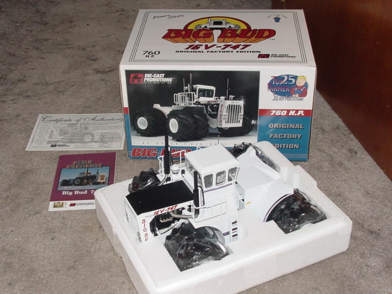 1 32 DIE-CAST PROMOTIONS BIG BUD 760 HP 16V-747 TRACTOR