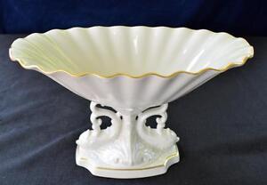 LENOX-Bone-China-Hand-Decorated-w-24k-Gold-AQUARIUS-7-034-h-Centerpiece-Bowl