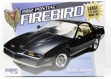 Round2 MPC858//06 1//16 1982 Pontiac Firebird