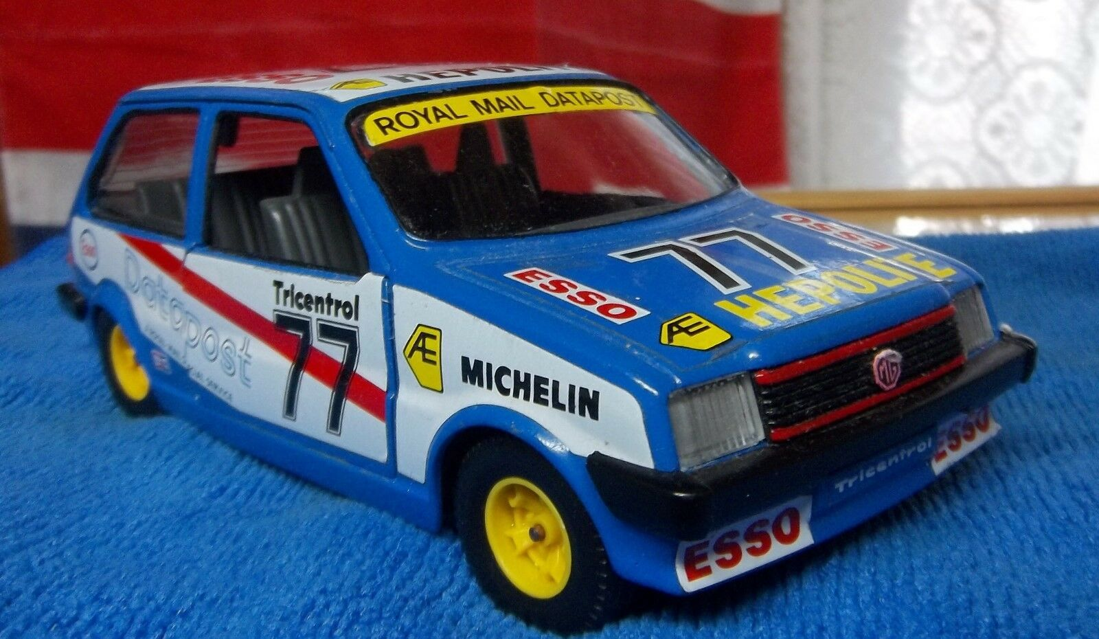 MG METRO ROYAL MAIL SPECIAL 1 24 SCALE 6  A+ NICE CONDITION OPENING DOORS,LID MG